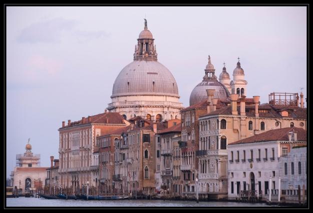 Venise-0900 enc